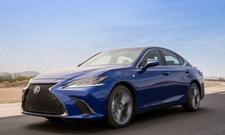 Lexus prezanton modelin më të ri Lexus ES