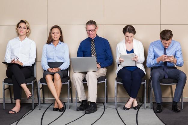 Si duhet të vishemi në një intervistë pune?